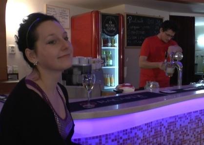 Bar v klubu Slowone